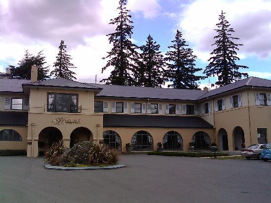 Heritage Hanmer Springs: Front of Hotel