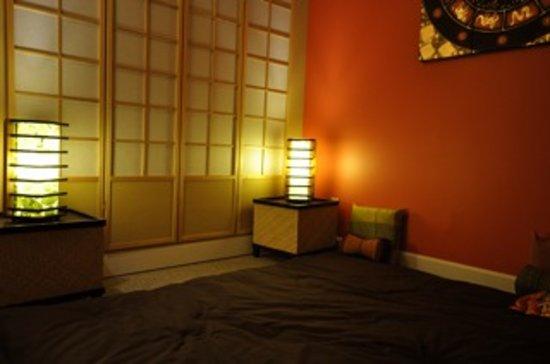 All Season Wellness Day Spa: Room where I had my Thai massage