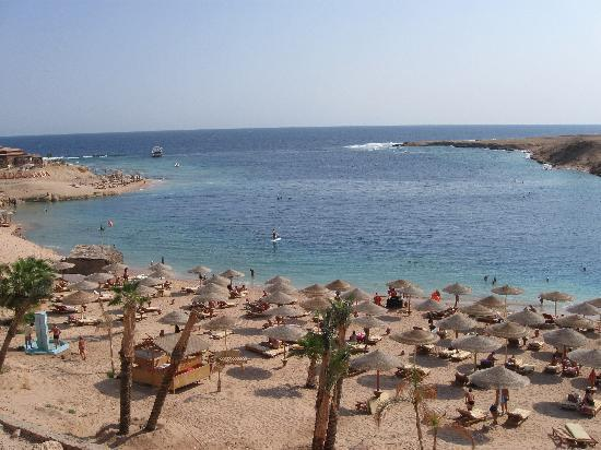 Al Nabila Grand Bay Makadi: Бухта с пляжем