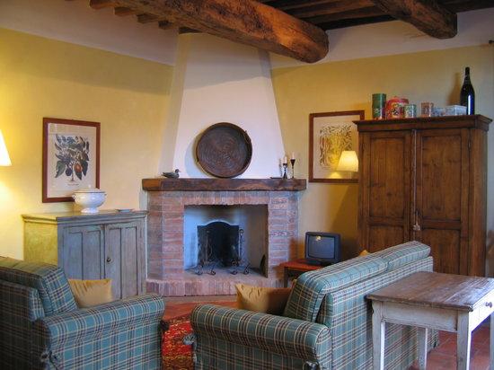 Borgo dei Cadolingi: salotto Loggia