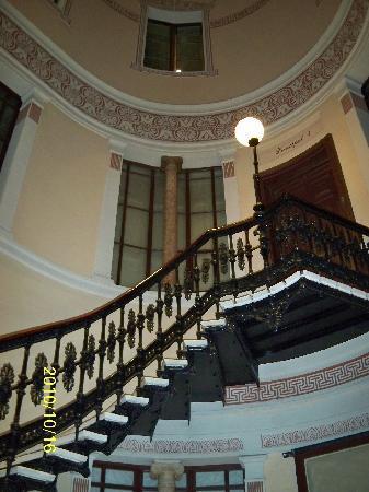 Hostal Oliva: Staircase