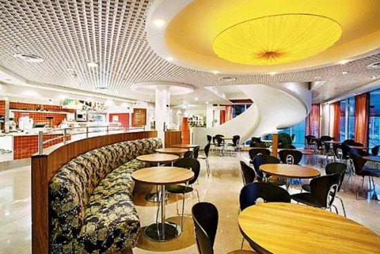 Radisson Blu Hotel Olumpia: Cafè Boulevard