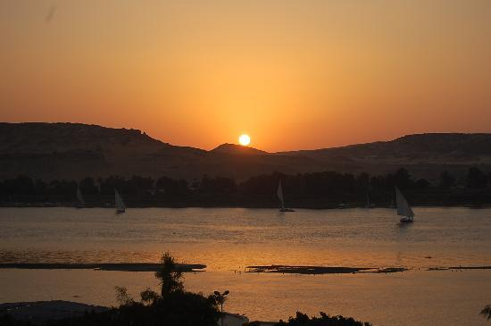 Ramasside Tours - Private Day Tours : Sunset on the Nile (Aswan)