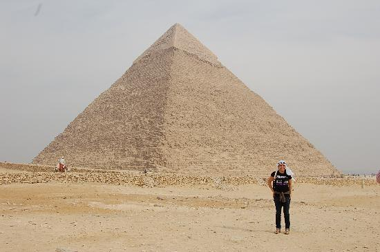 Ramasside Tours - Private Day Tours : Pyramid in Giza