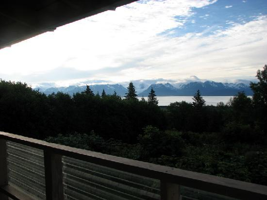Wild Rose Cottages: And one more view from the deck.