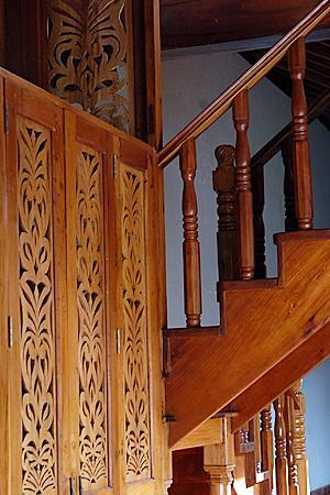 Miss Margrit's Guest House: Miss Magrit's Hand Hewn Woodwork