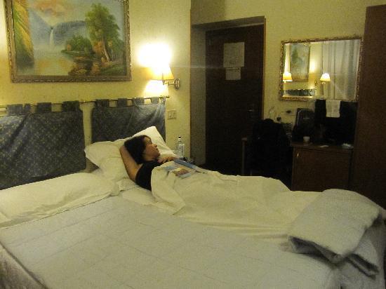 Paris Hotel Rome M Recenze A Srovn N Cen Tripadvisor