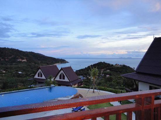 "Baan KanTiang See Villa Resort (2 bedroom villas): View from the ""blue"" house"