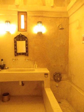 Riad Slawi: salle de bain