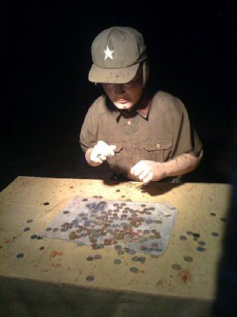 A Japanese Man counting money ?!