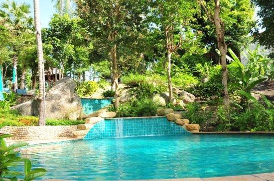 Panviman Resort - Koh Pha Ngan: Pool mit Blick auf die Anlage
