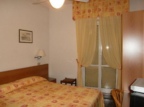 Hotel Rosa: la stanza