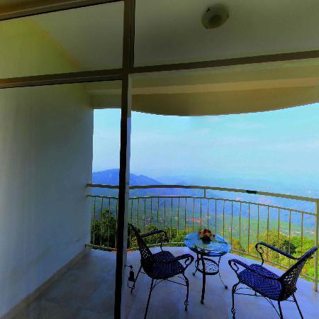 Deshadan Mountain Resorts: Valley