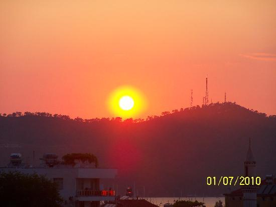 Kings Garden Restaurant : sunset from kıngs garden terrace