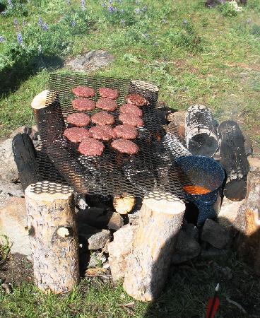 Klondike Ranch: Campfire Dining
