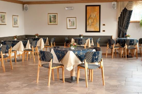 Blumenhotel Belsoggiorno Hotel (Malosco, Trentino-Alto Adige ...