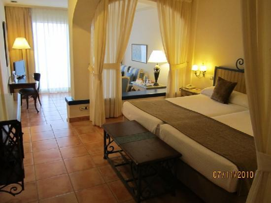 Hotel El Rodat: Zimmer