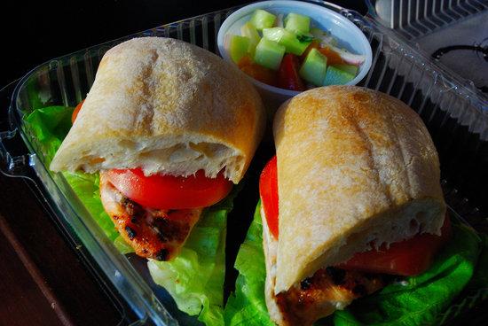 Bistro at 151- Hyatt Regency Chicago: Chicken Sandwich