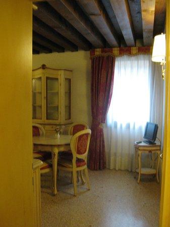Locanda Ca' del Brocchi:                   Dining Room