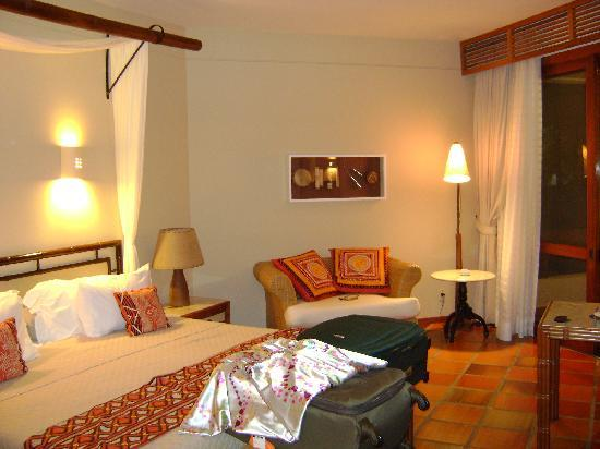 Hotel Transamerica Ilha de Comandatuba: Os quartos são amplos, confortáveis e elegantes.
