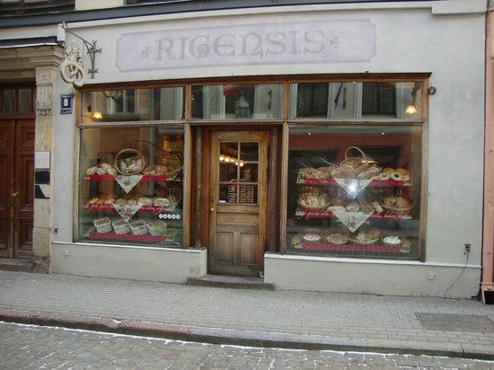 Rigensis, Рига - 126 фото ресторана - TripAdvisor: https://www.tripadvisor.ru/Restaurant_Review-g274967-d1960744-Reviews-Rigensis-Riga_Riga_Region.html