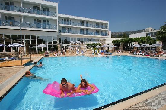 Bluesun Hotel Borak: Pool