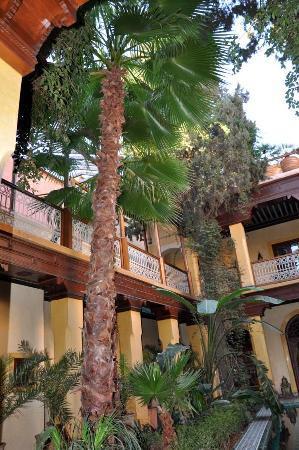 Riyad Al Moussika: Innenhof