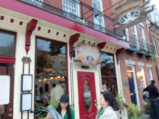 Charm City Food Tours: one eyed mike's (grand marnier club)