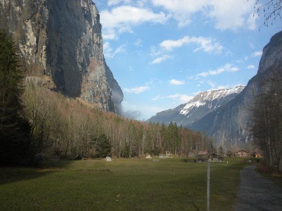 Hotel Interlaken: Walk the Lauterbrunnen Valley