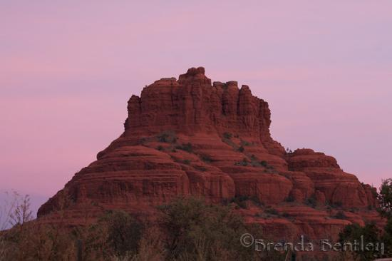 Canyon Villa Bed and Breakfast Inn of Sedona: sunrise view from our room