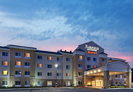 Fairfield Inn & Suites Tulsa Southeast/Crossroads Village: Fairfield Inn & Suites by Marriott Tulsa OK