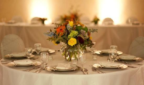 Holiday Inn Country Club Plaza: Wedding Reception