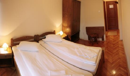 Hotel PRAID room