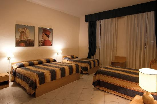 Hotel Centro: Family Room! 4-6 people