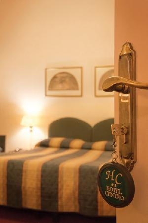 Welcome to Hotel Centro** Firenze