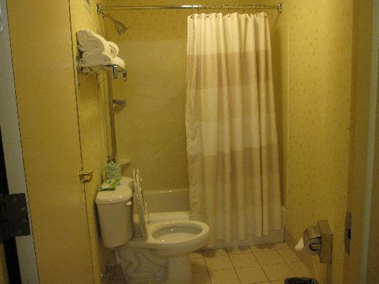 Bathroom picture of springhill suites newark liberty for Bathroom suites direct