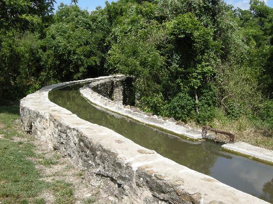 Espada Aqueduct Picture Of Mission Espada San Antonio