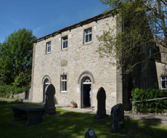 Grassington Congregational Church: Church & graveyard