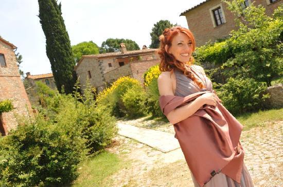 Borgo Santa Maria: La Sposa