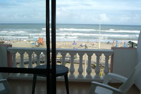 Atlantico Hotel : Vista desde el Balcon de las Suites