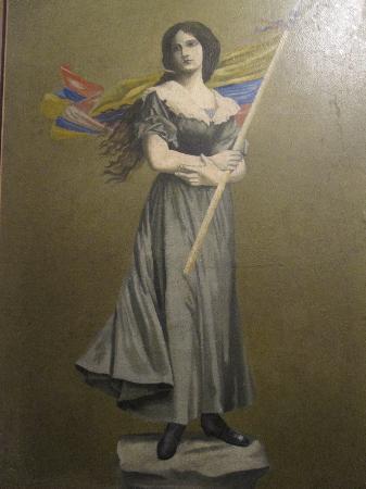 Museo Nacional: Pola with Colombian Flag