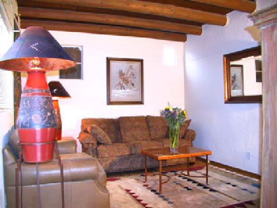 Casas de Suenos Old Town Historic Inn: 1 Bed Queen Dlx Suite-El Prado