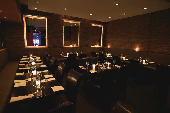 Brickyard Gastropub : Rear dining rooom