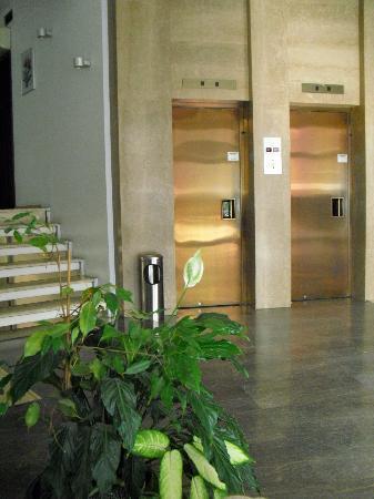 Park Hotel: Hotel Lobby