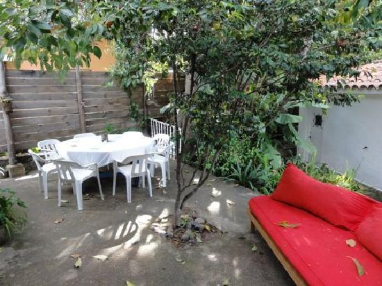 La Lomita del Chingolo B&B: Patio area