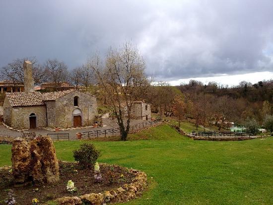 Sorano, Italia: Borgo vecchio...