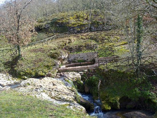 Sorano, Italien: Parco adiacente...