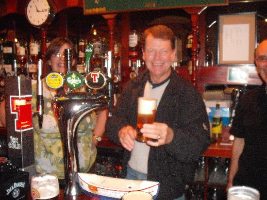 The New Inn St Andrews: Open Champion Tom Watson calls in for a beer