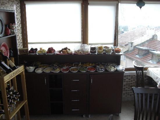 Berce Otel: Frühstück 1