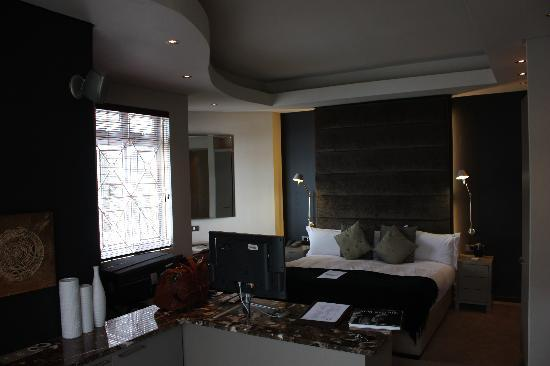 O on Kloof Boutique Hotel & Spa: Room 8 - Bed